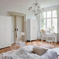 Baroque White